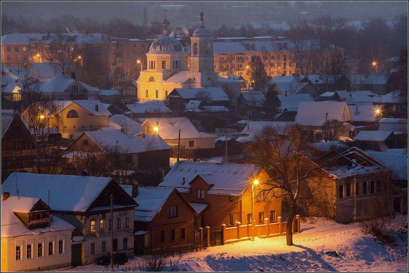 Россия, Тверская обл, Торжок Ночь, дерево, фонарь...photo preview