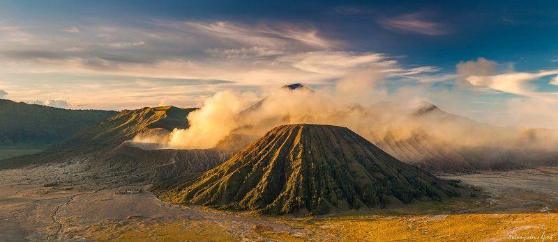 индонезия, вулкан, бромо, рассвет Вулканический светphoto preview