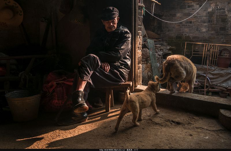 старикжизниоставленных留守老人的生活photo preview