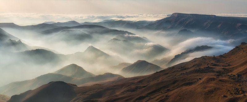 Бермамыт, Кавказ, Приэльбрусье Осенние ландшафты. Виды с плато Бермамыт.photo preview