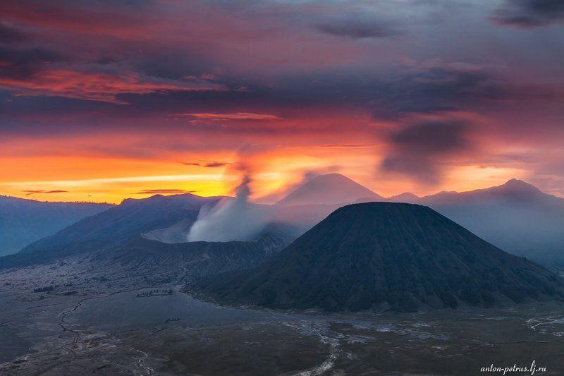 индонезия, вулкан, бромо, закат Огненный закат Бромоphoto preview
