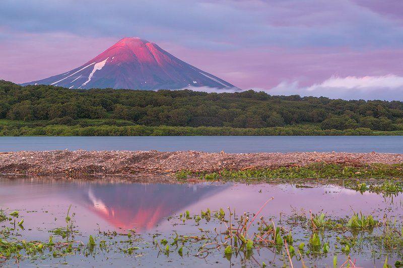 камчатка, фототур, путешествие, природа,  пейзаж, вулкан, закат, озеро, заповедник, отражение Раздвоениеphoto preview
