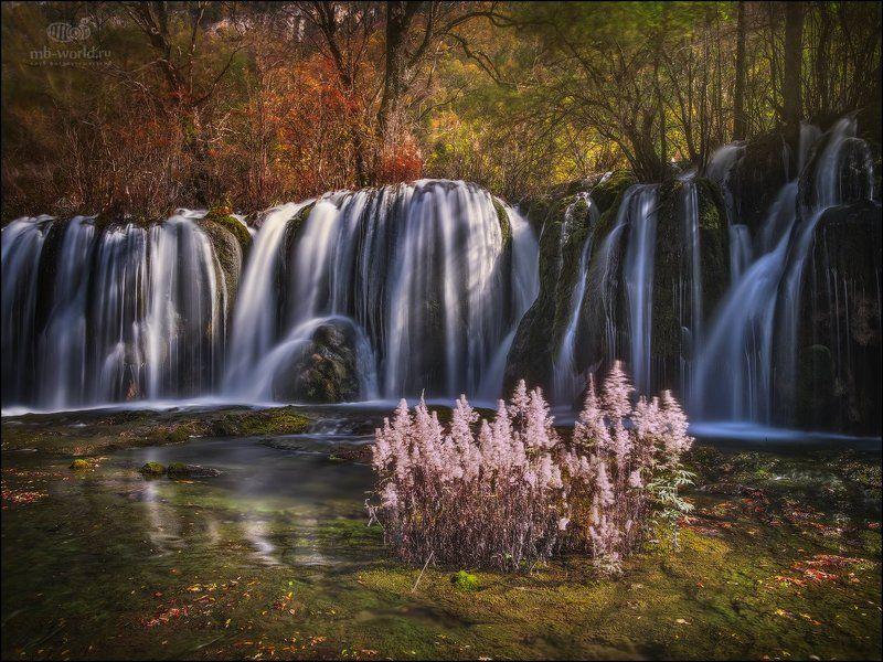 Китай, Цзючжайгоу, водопад, пейзаж, утро Один из водопадов парка Цзючжайгоу...photo preview