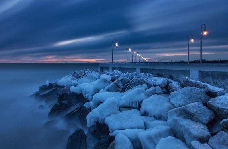 Море зима пирс Балтика  photo preview