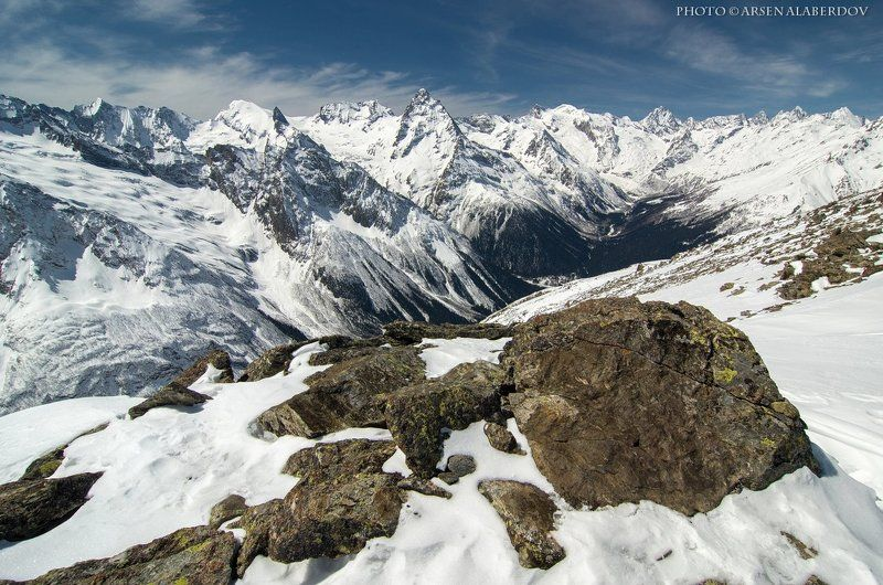 домбай, горы, камни, ущелье, долина, зима, снег, лыжи, панорама, вершины, туризм, пики, путешествия, скалы, высота, глыба, небо, карачаево-черкесия, северный кавказ ДОМБАЙСКИЕ ВИДЫphoto preview