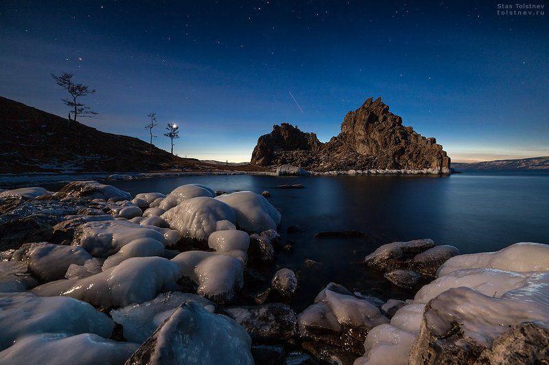 байкал, малое море, ольхон, лед, зима, шаманка, бурхан, Шаманка в лунном светеphoto preview