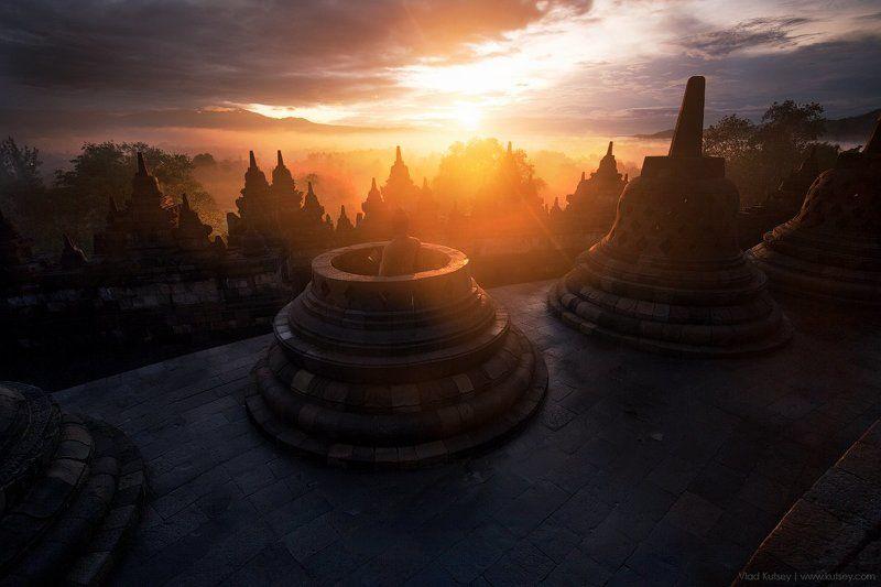 боробудур, храм, буддизм, буддийский, Будда, индонезия, ява, рассвет, java, borobudur, candiborobudur, indonesia, sunrise, temple Боробудурphoto preview