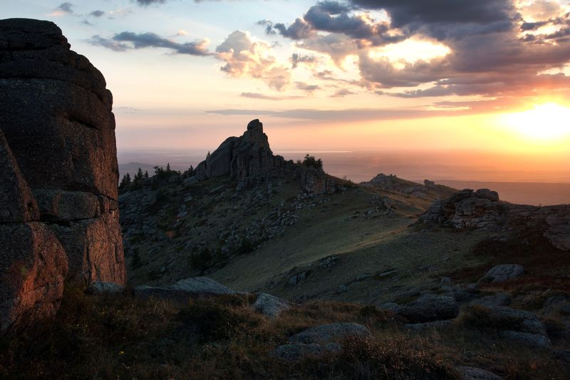 Горы Ку. Угасание светила.photo preview