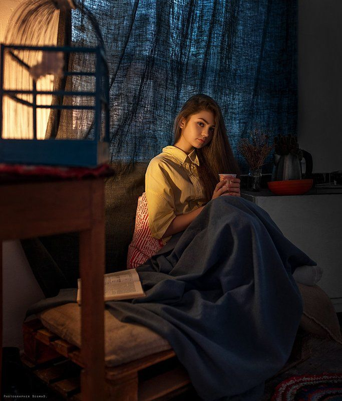 girl, model, portrait, conceptual, art, light, nikon, 35mm, color, eyes, dantar90, begmad, портрет, ламповый свет, взгляд Autumn eveningphoto preview