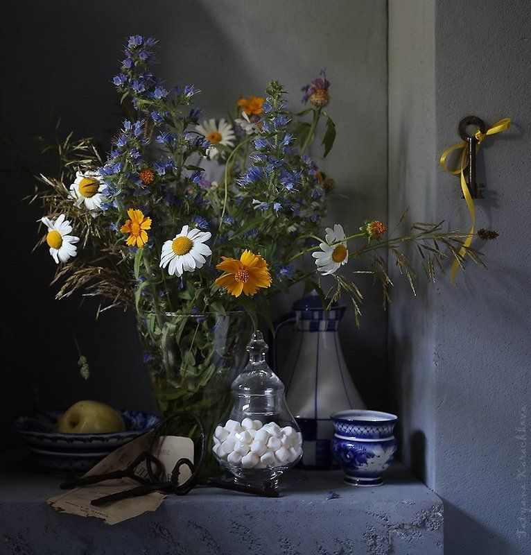 лето, натюрморт, цветы,ромашки, ключи Ключ от летаphoto preview