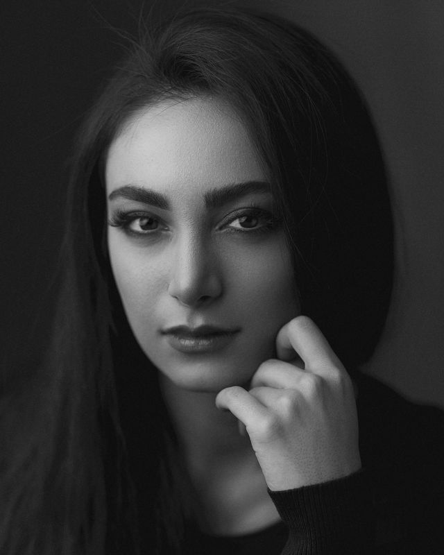 portrait, bw, headshot, beauty, retouch, eyes, face, canon, 85mm, Baharphoto preview