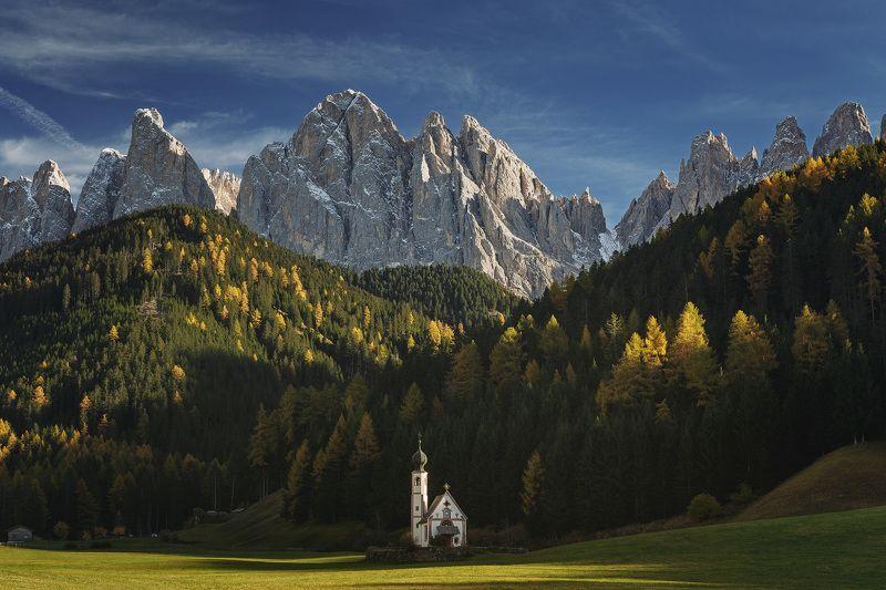 доломиты, италия, пейзаж, осень St. Johann Churchphoto preview