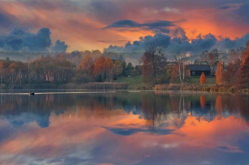 Закат в деревне Задомля