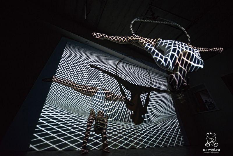 проектор, шпагат, девушки, боди, Михаил Решетников шпагатыphoto preview