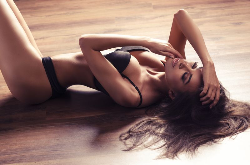 floor, ligeria, glamour, girl , sexi , skinny ,brunette , budych , sensual Angelica by Budychphoto preview