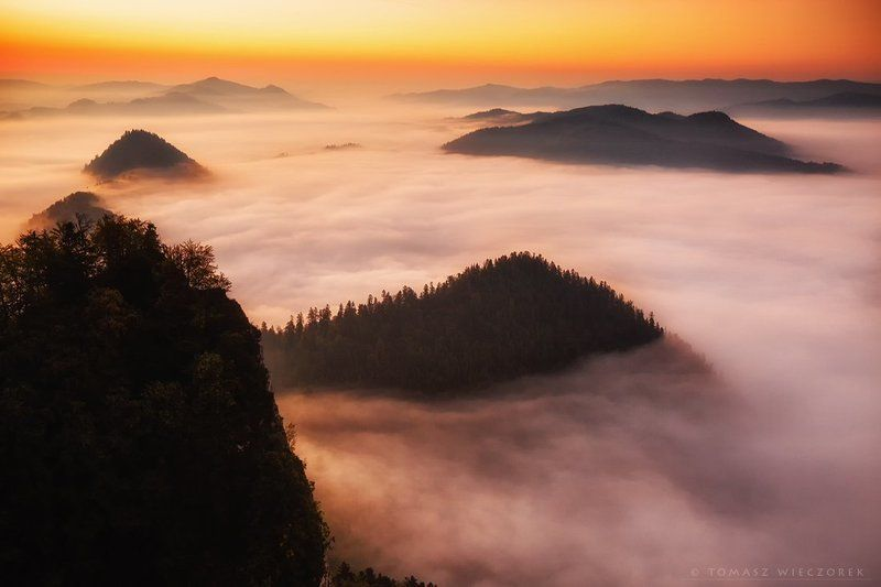 heaven, clouds, fog, mist, mountains, poland, sunrise, morning, autumn, pieniny Heaven ... I\'m in heavenphoto preview