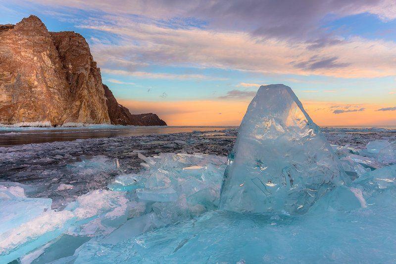 байкал, лед, торосы, хобой, рассвет, озеро, иркутская область Немного утреннего льдаphoto preview