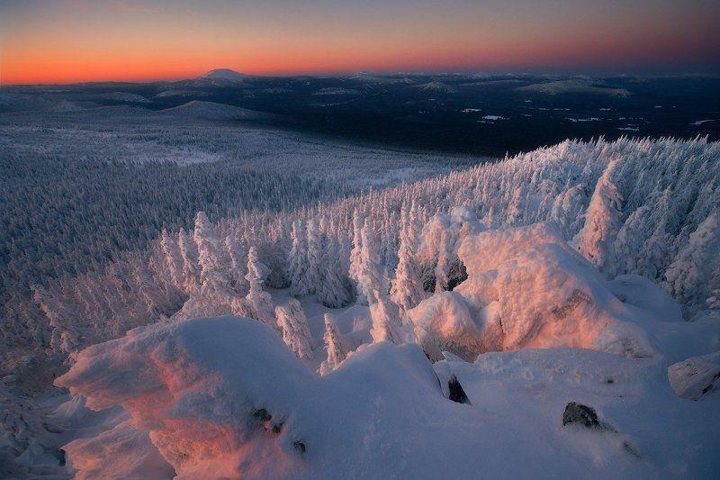 горы, урал, ямантау, ялангас, зима Вид на Ямантауphoto preview