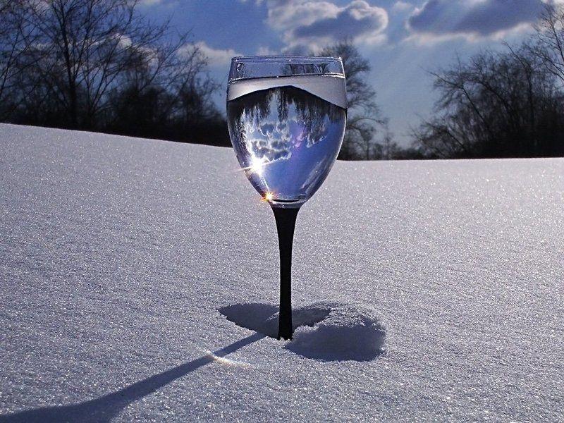 натюрморт,небо,весна,бокал,отражение Коктейль \