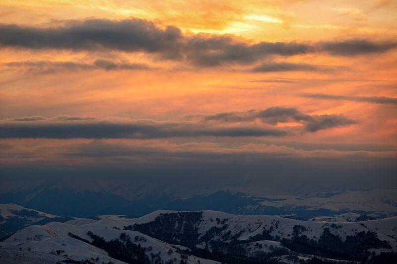 кчр,перевал гум - баши,горы,закат Огненный закат  ...photo preview