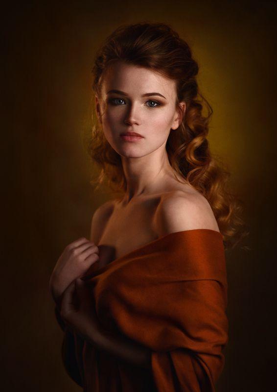 девушка, студия, свет, тень, взгляд, рыжая, платок Tanyaphoto preview