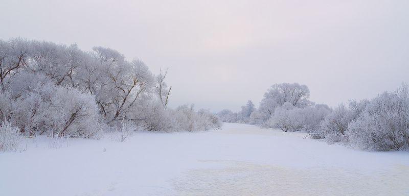 Зима - хозяйкаphoto preview