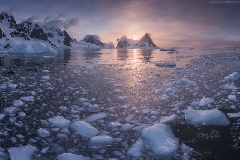 Antarctica, Антарктида Lemaire Channelphoto preview