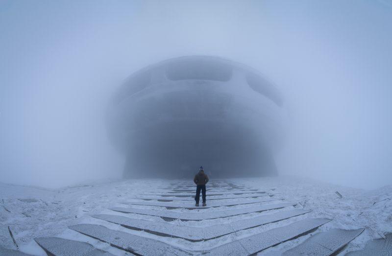 landscape, bulgaria, fog, foggy, person, buzludja, incredible , mystic, beauty, nikon ,tokina photo preview