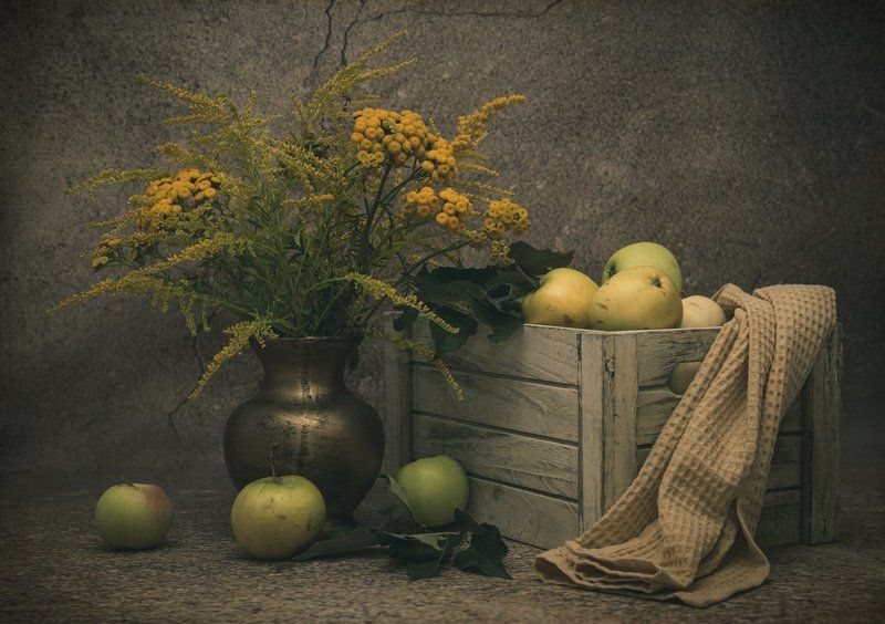 still life with apples and wild flowersphoto preview