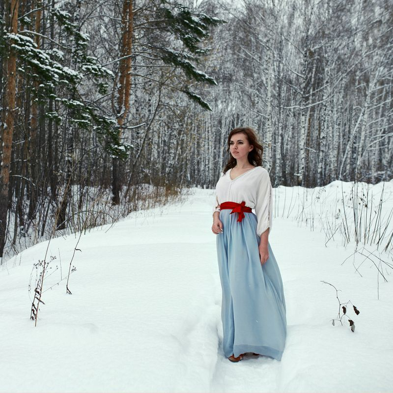 зима,сибирь,девушка Зимнееphoto preview