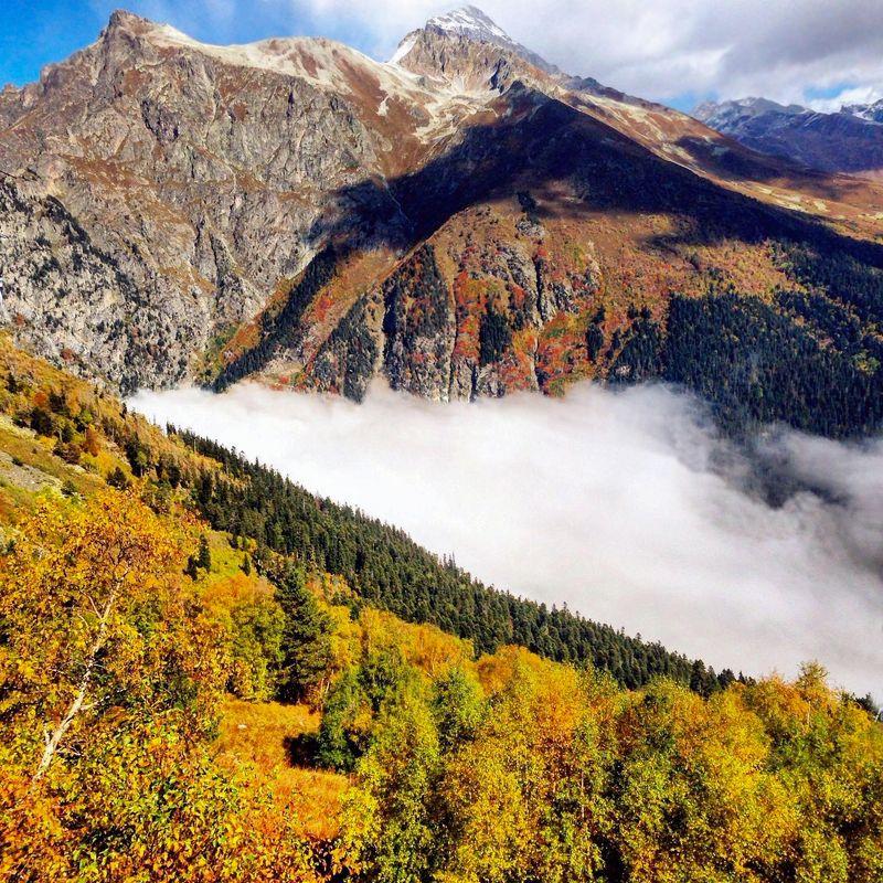 горы, т уман, осень кавказ Горный этюд с туманомphoto preview