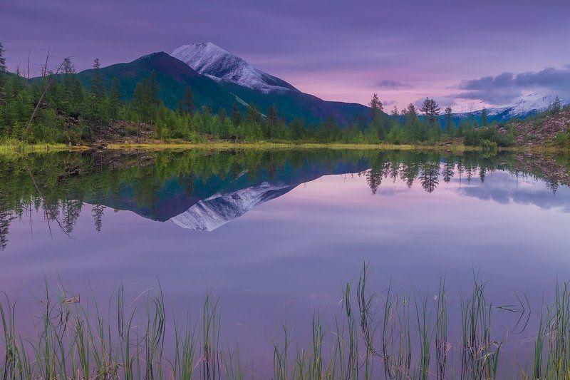 якутия, хребет черского, индигирка, крайний север, ледниковое озеро, сумерки, отражение Отражая тишинуphoto preview
