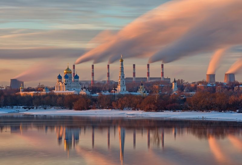 Москва город Монастырь Николо-Угрешский закат зима Московская церковно-индустриальнаяphoto preview