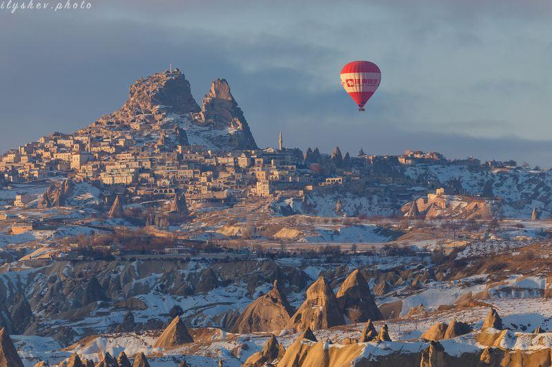 каппадокия, турция, путешествие, воздушные шары, зима, пейзаж, утро куда приводят детские мечтыphoto preview