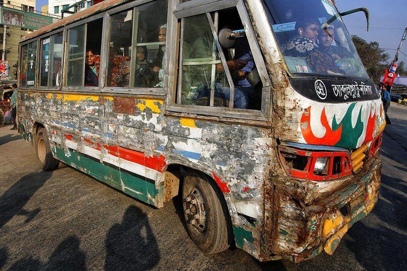 автобус, бангдеш, дака, коцаный, консервная банка, пассажиры, путешествие, дорога, улица Вездеходphoto preview