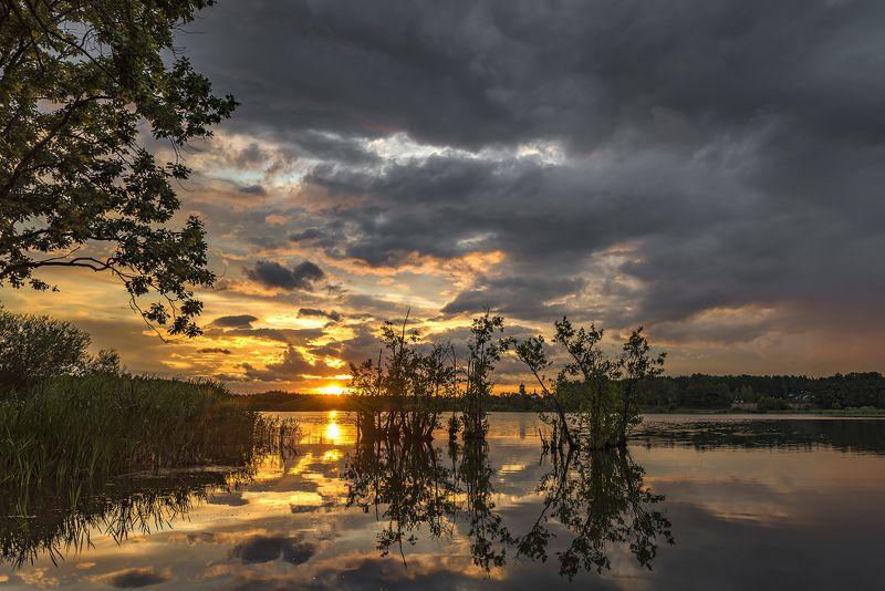 вечер, озеро, бисерово, закат На закатеphoto preview