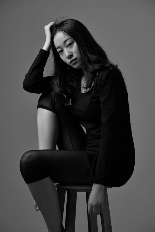black & white  photo preview