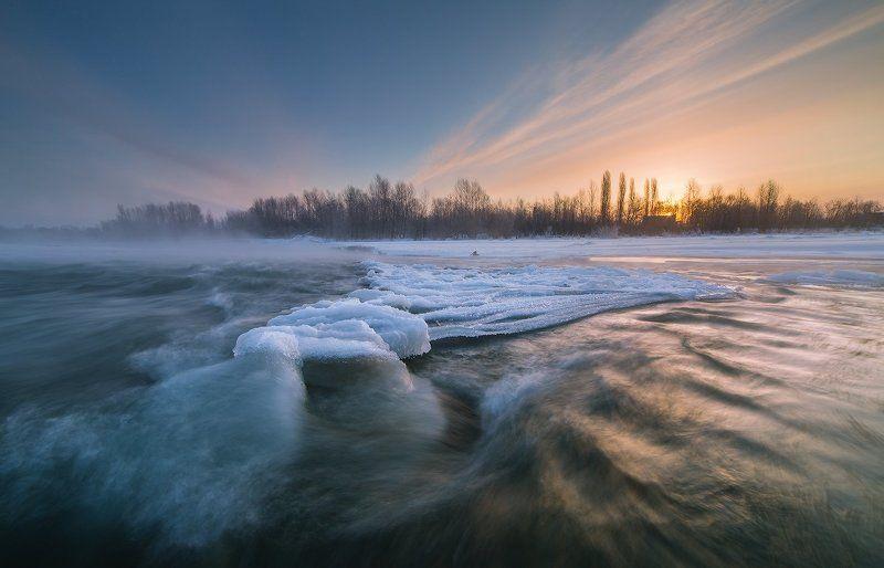 февраль заря река лаба ледяной остров На заре в февралеphoto preview