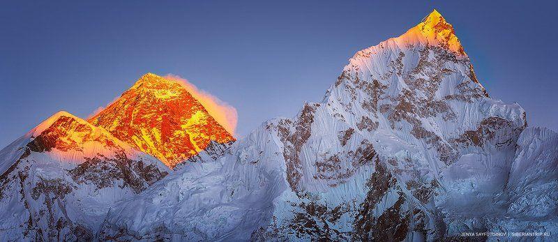непал,гималаи,эверест,горы,базовыйлагерь Повелительница белых снегов «Джомо Канг Кар»photo preview
