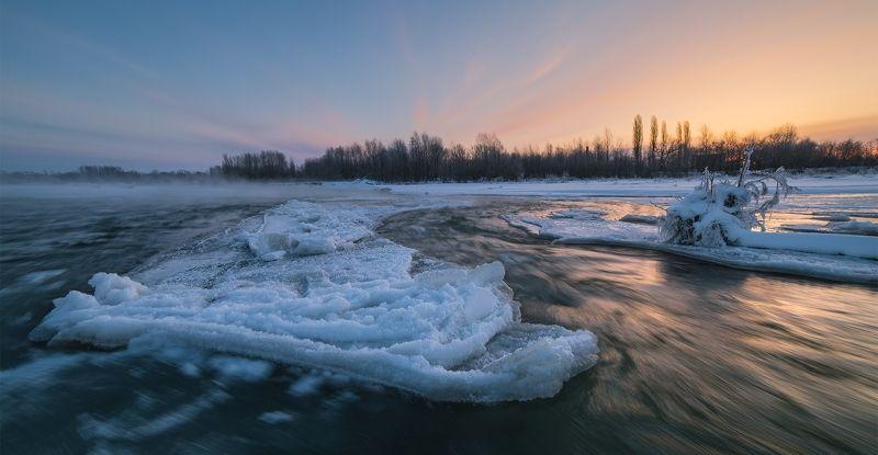 февраль рассвет мороз река лаба ледяной остров Ледяной островphoto preview