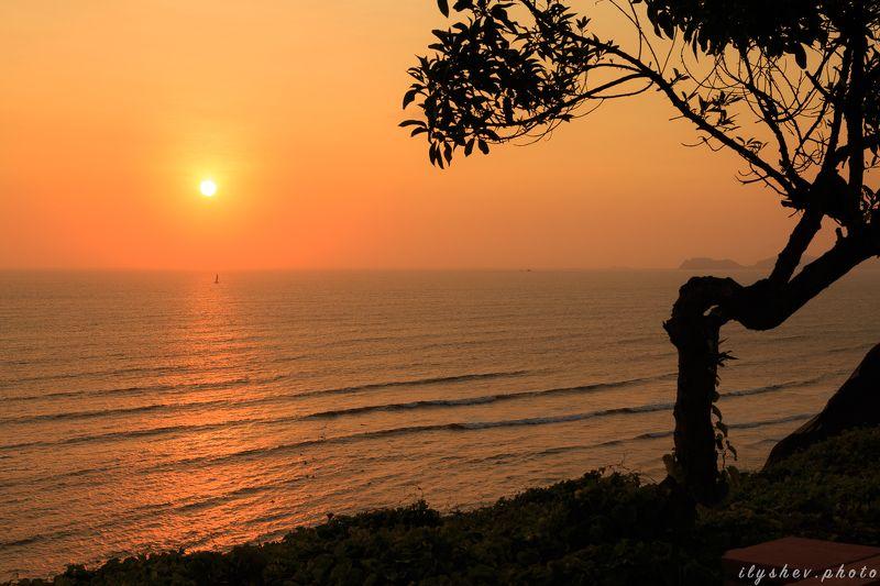 закат, пейзаж, природа, тихий океан, побережье, перу, южная америка Парусникphoto preview