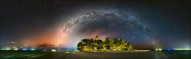 мальдивы, млечный путь, галактика, звезды, звездное небо Острова в океанеphoto preview