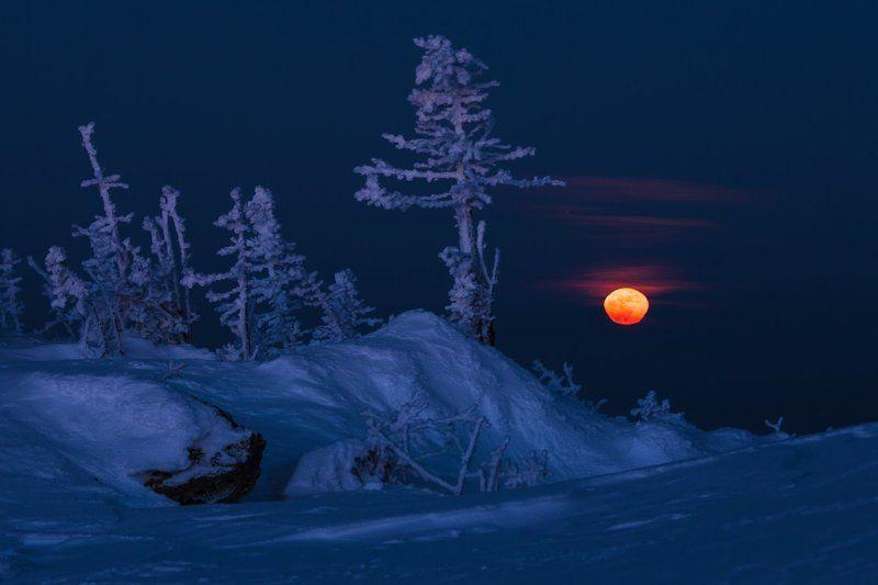 Южный Урал, Большая Сука, Полнолуние Клубника со сливкамиphoto preview