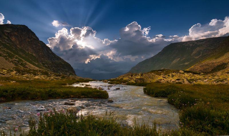 Висячая долина Джалпаколphoto preview