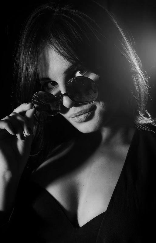 чб, черно-белое, черно-белое фото, девушка, модель, портрет, портрет девушки, красотка, художественный портрет, фэшн, girl, model, beauty, fashion, art portrait, bw, black and white, black and white photo Маринаphoto preview