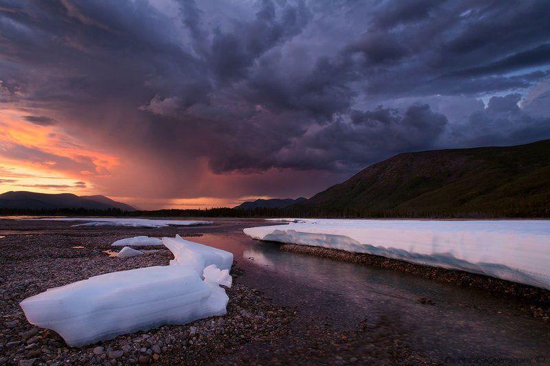 якутия, лабынкыр, наледь Лёд и пламень.photo preview