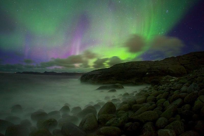 полярное сияние, ночь, Териберка, Баренцево море, пляж, валуны Краски севераphoto preview