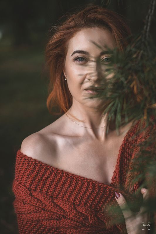 female, outdoors, portrait, fashion, people, portraiture, face Autumnphoto preview