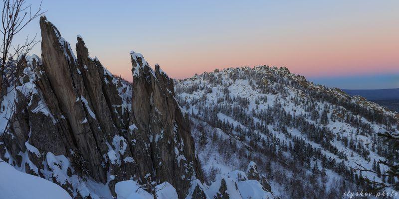 пейзаж, закат, градиент, природа, таганай, южный урал, россия,скалы, зима градиентphoto preview