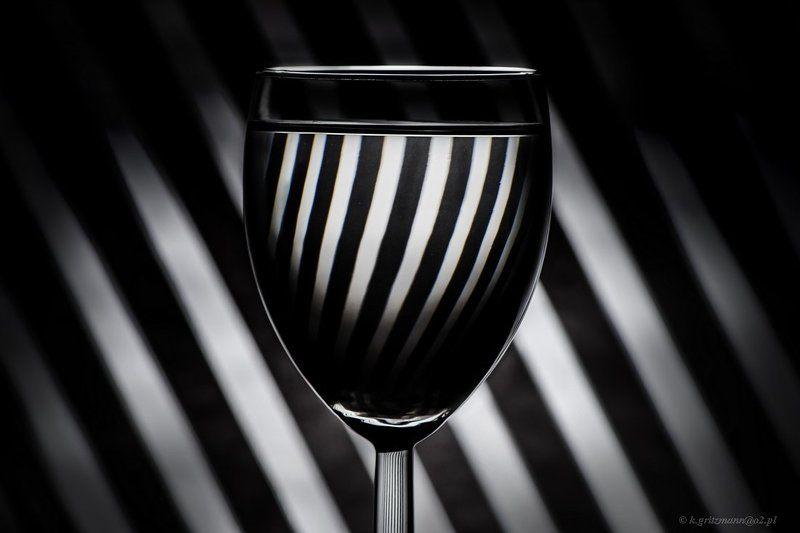 black & whitephoto preview